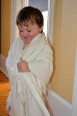 Kids love the e-body luxury bath towel3