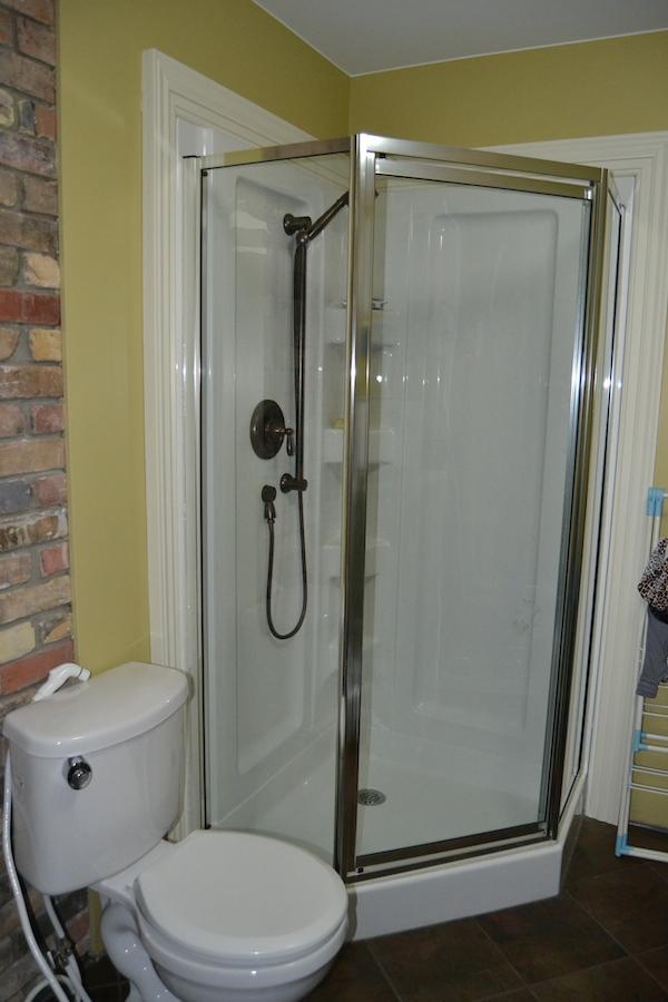 How to use norwex bathroom scrub mitt